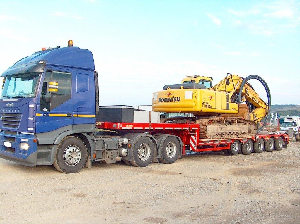 услуги трала по перевозке грузов, перевозка негабаритных грузов, перевозка крупногабаритных грузов